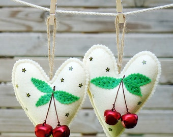Felt Christmas heart ornaments set , Set of 2 felt heart ornament , Home decor