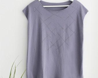 Women t-shirt, Lavender top, Puffed dots printed T-shirt, Hand printed tunic, Designer Shirt, kimono top