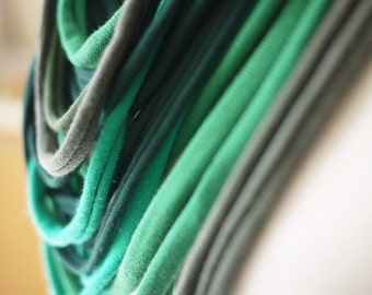 Upcycled t-shirt scarf: Shades of green[378]