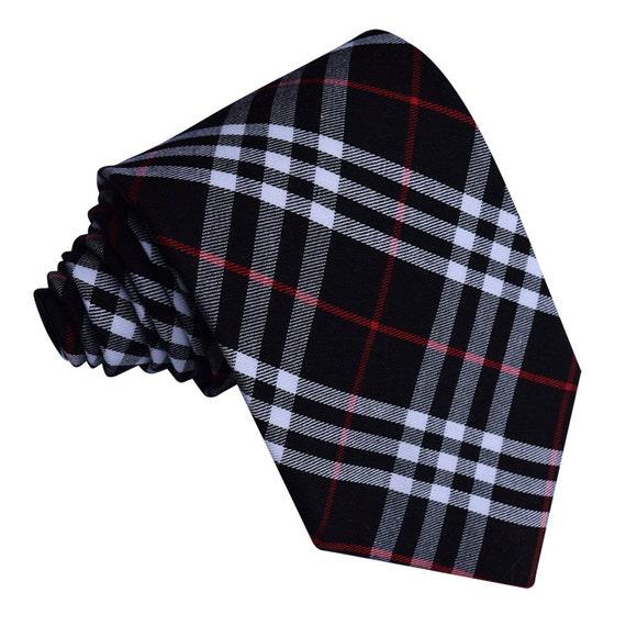 tartan noir et blanc avec cravate rouge par dqtuk sur etsy. Black Bedroom Furniture Sets. Home Design Ideas