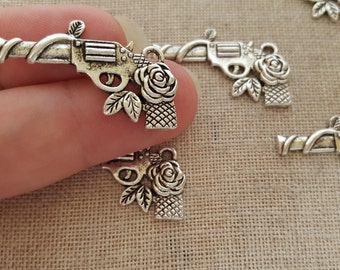Guns and Roses Charms X 5.  Gun Charms. Pistol Charms.  Antique Silver Alloy. UK Seller