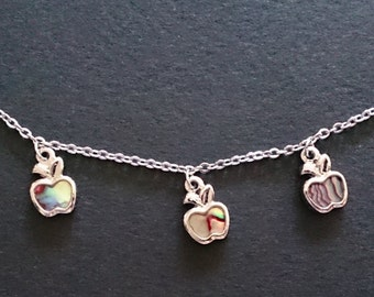 Mother of Pearl Charm Style Bracelet - Apple x 1, Butterfly x 1