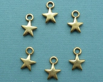 Vintage casted antique gold plated star charm, puffed, 2 sided. Made in USA, 14 x 20mm, Qty. 6 CC2
