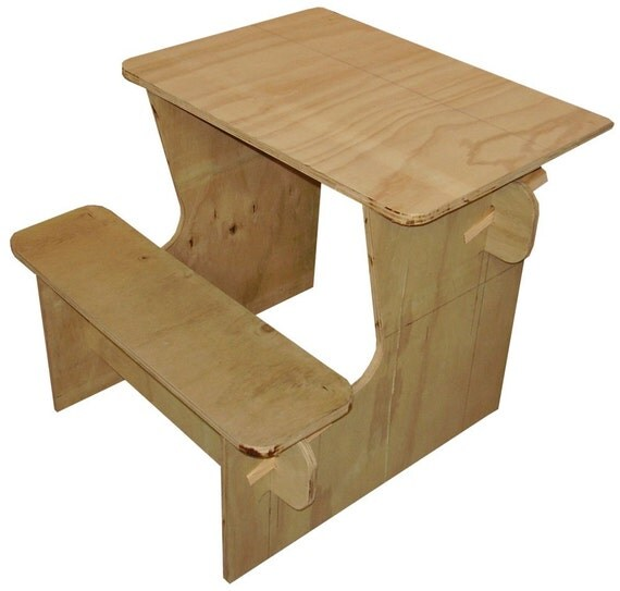 how to make a desk for kids