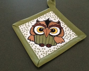 In the hoop Owl Pot Holder machine embroidery design
