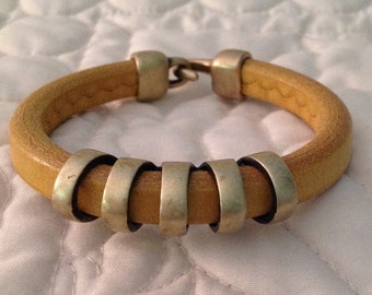 Regaliz Licorice Leather Bracelet in Mustard Yellow with Brass Accents