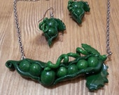 Peas jewelry - Polymer clay jewelry - Jewelry Sets - Pea necklace and earrings - green jewelry - Necklace - Earring - Peas