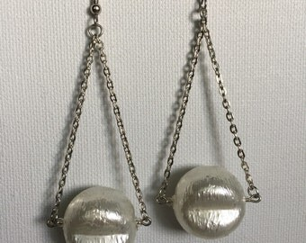Remade Vintage Pearl Trapeze Earrings - Remade Pearl Earrings - Vintage Trapeze Style Earrings