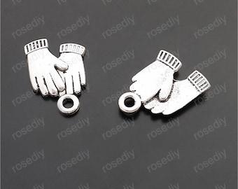 100pcs 16x13mm antique silver gloves pendants  M29645