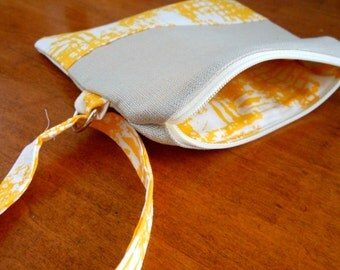 Linen and Buttery Yellow Wristlet