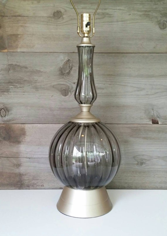 vintage lighting smoked glass globe table lamp refinished rewired. Black Bedroom Furniture Sets. Home Design Ideas