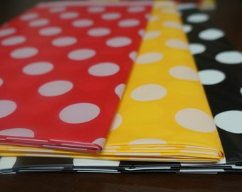Disney Mickey Mouse Club House Birthday Party Table Cover Black Red Yellow White Polka dot Birthday Party Decoration Candy bar table Photo