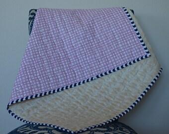 Organic baby quilt , Organic Bedding , Modern baby quilt ,Nursery Decor , Baby blanket , Handmade shower gift