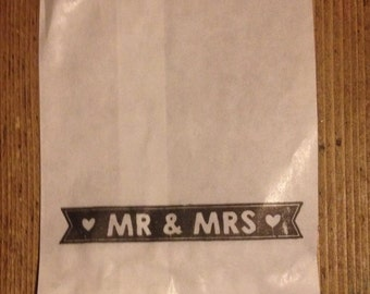 25 x White Paper lolly Sweet Candy Bag - Hand Stamped Mr and Mrs Wedding Bag