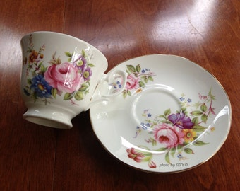 SALE! Teacup and Saucer Royal Court England / Flowers