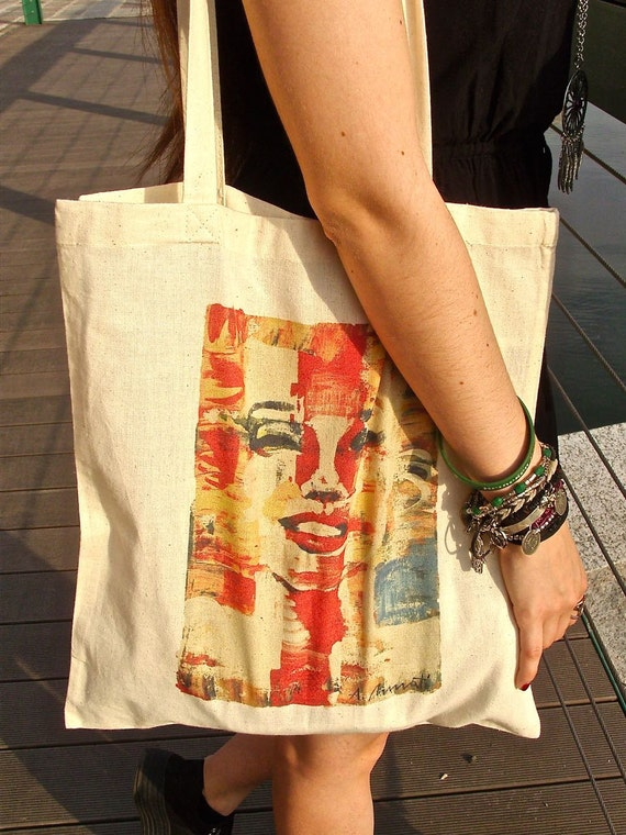 Marilyn Monroe ecru tote bag, reusable 100% cotton shopper, made in Italy, hand signed and dedicated by the artist Anna Pennati.