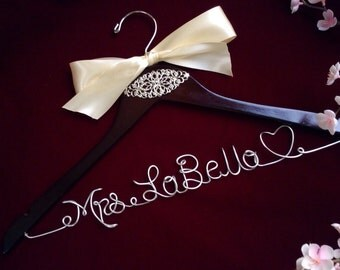 Personalized wedding hanger, Bride hanger, wedding dress hanger
