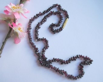 Vintage Garnet Necklace, Art Deco Necklace, Garnet Chip Necklace, Vintage Gift