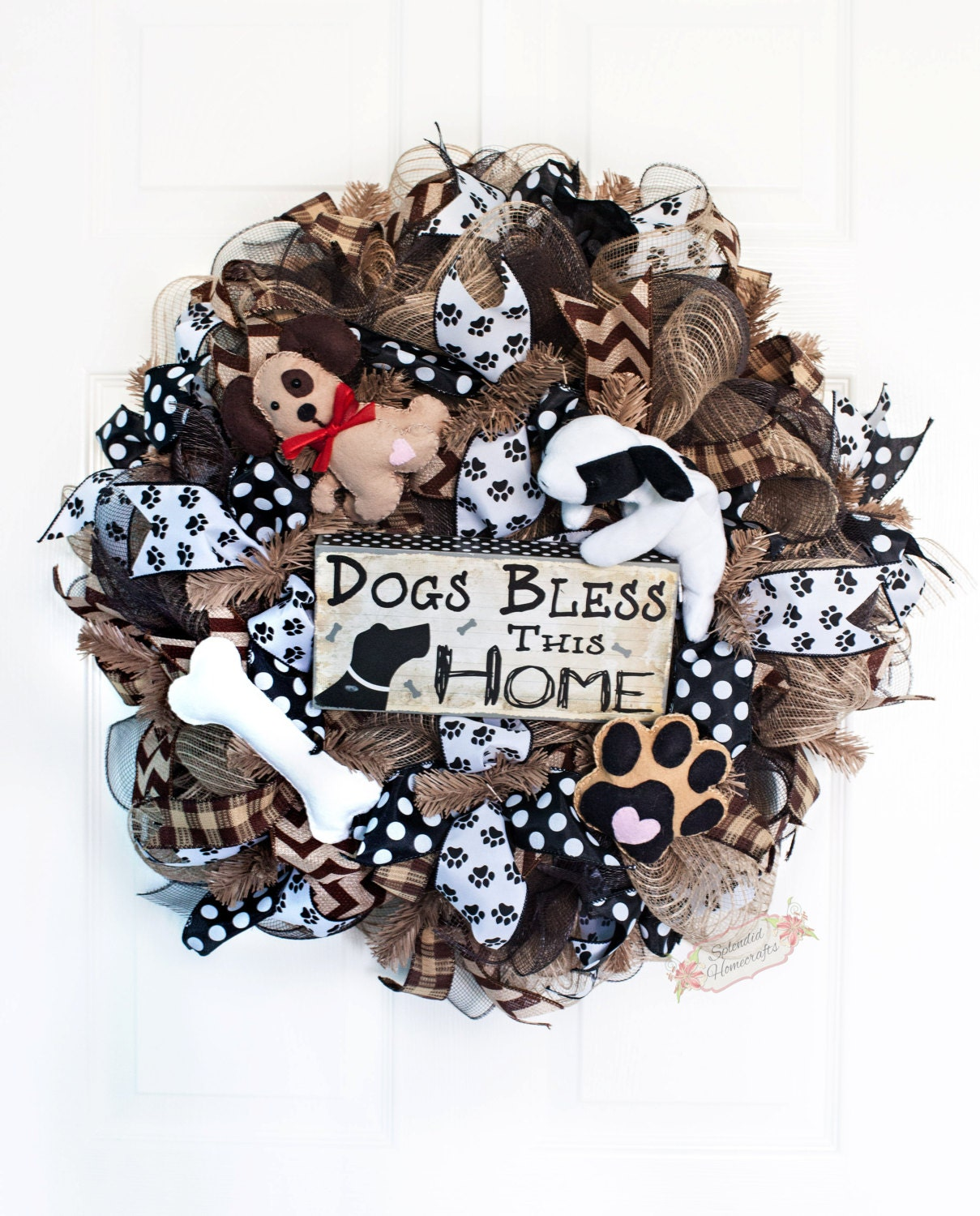 24 dog deco mesh wreath dog lovers wreath by splendidhomecrafts. Black Bedroom Furniture Sets. Home Design Ideas