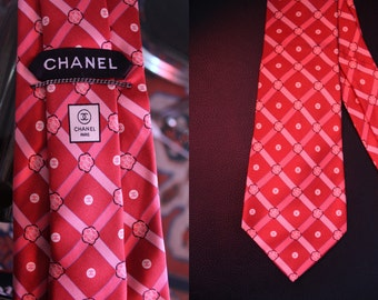 Tie patterns Chanel camellias