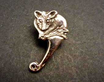 Possum pin - sterling silver 19mm