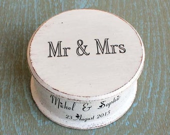 Wedding box, Wooden box, Ring Bearer Box, ring box holder, Cottage Chic box, Personalized Box, Wedding names, Wedding date, Box Save Date