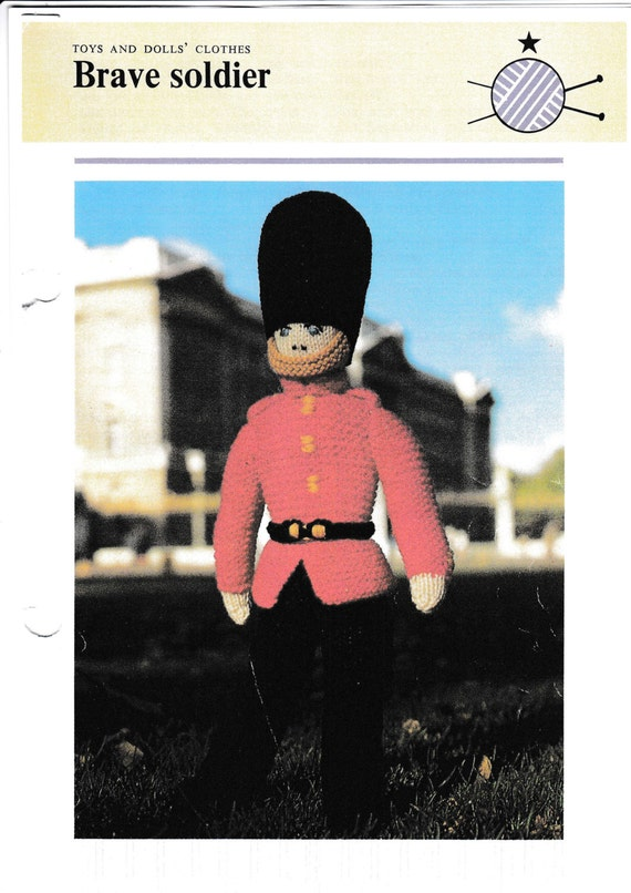 Knitting Patterns Toy Soldiers : PDF Brave Soldier Toy Knitting Pattern Beefeater Rare