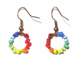 Happy Spectrum - Colorful beaded wire rainbow circle earrings