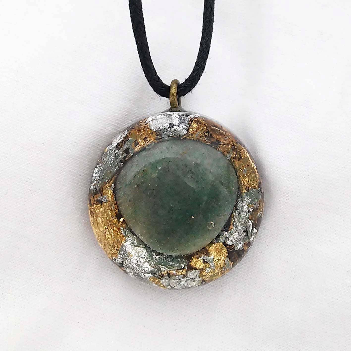 aventurine orgonite pendant handmade healing jewelry