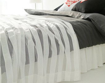 Decorative White Striped Sheer Bed Runner Accent Bed Scarf