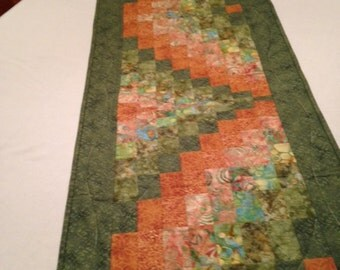 Quilted table runner bargello table runner