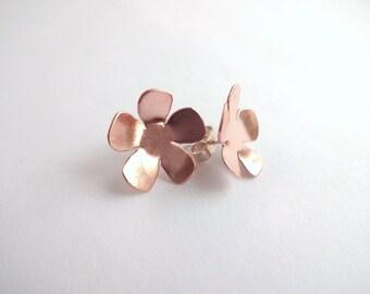Copper and silver flower stud earrings