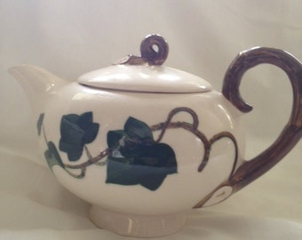 Metlox Poppytrail Ivy Tea Pot Unmarked