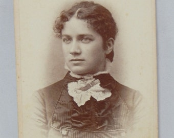 Antique Photograph Beautiful Young Woman Jones Photographer