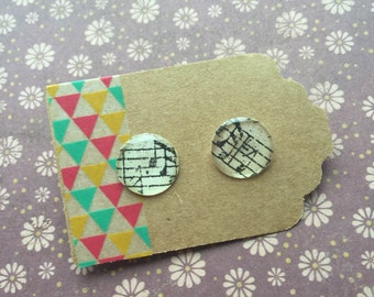 Handcrafted Patterned Earring - Black and White Music Notes