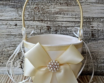 Wedding Flower Girl Basket - White / Ivory Wedding Basket,Wedding Flower Girl Basket