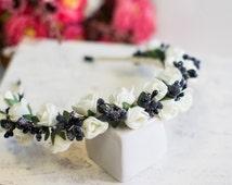 "Wrap hair - Hair Ornament ""Forestrose"" - White roses in a wreath"
