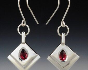 e 66 - Unique Earrings - Garnet Earrings - Artists Jewelry