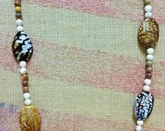 Brown & White Simplistic Necklace