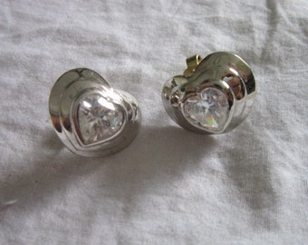 Vintage Retro Large Heart Shaped Faux Diamond Silver Tone Clip on Earrings