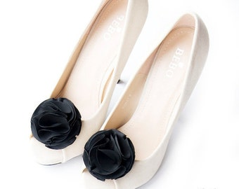 Black Pom Pom Flower Shoe Clips Bridal Wedding Shoe Accessories