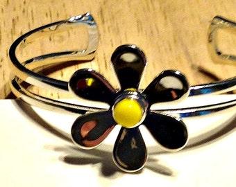 Bracelet, Daisy Silver Cuff Bracelet, Fused Glass Yellow Center, Gift for Women, Gift for Girls, Holiday Gift, Stocking Stuffer