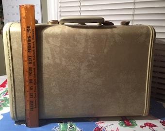 Lady's Petite Samsonite Travel Suitcase