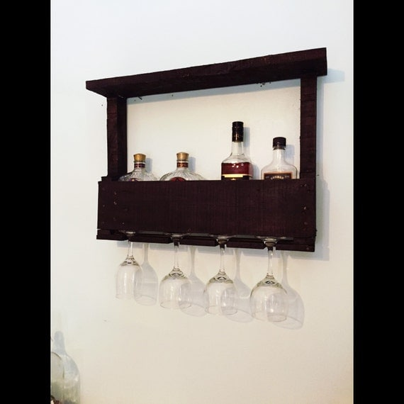 rustic pallet wood wine rack floating wine by. Black Bedroom Furniture Sets. Home Design Ideas