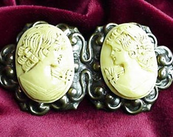 Beautiful Two Profile, Duet Cameo Brooch