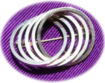 Entwined Five Ring Brooch
