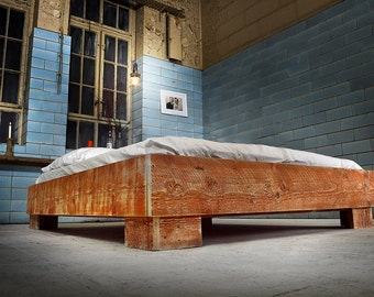 Bed from reclaimed wood | ANSOUIS