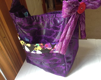 Made by Cheleh - Custom All-purpose Fabric Tote with Optional Bow
