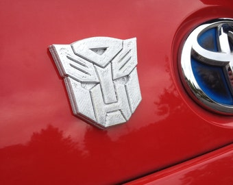 Fanart 3D printed silver Autobot Transformers car decal/logo/magnet, great gift for nerd girl or boy
