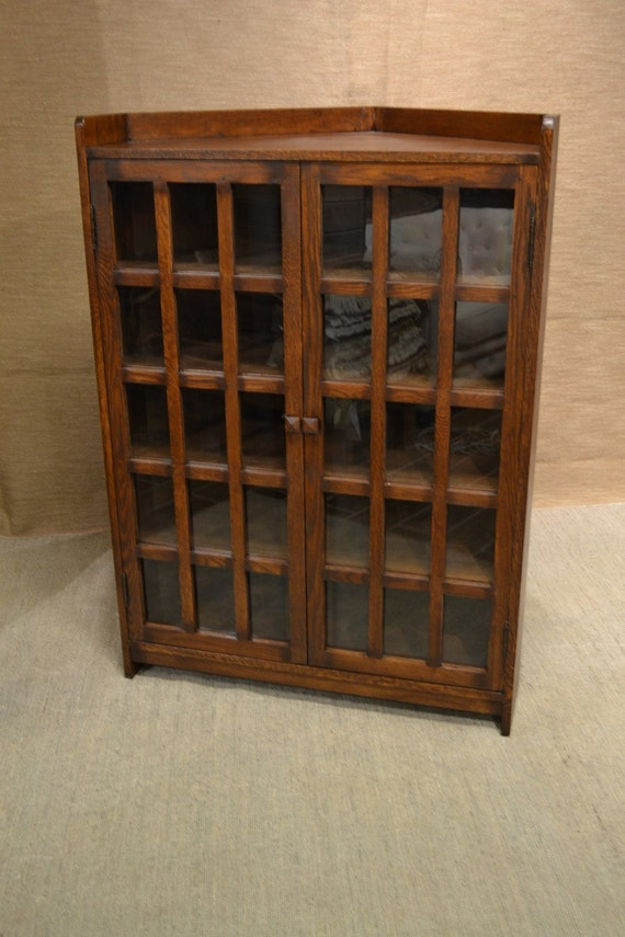 Mission solid oak corner bookcase cabinet by for Mission style corner hutch